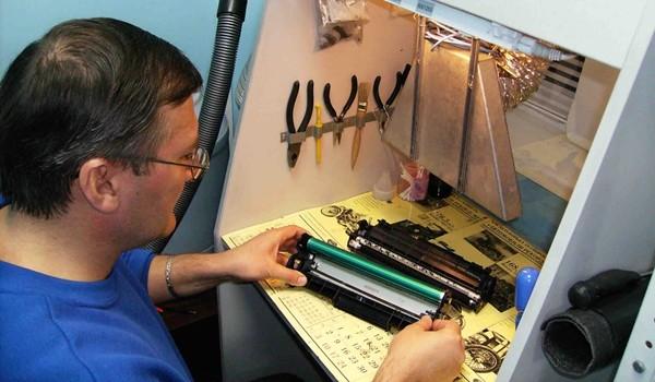 Как заправить принтер в домашних условиях видео
